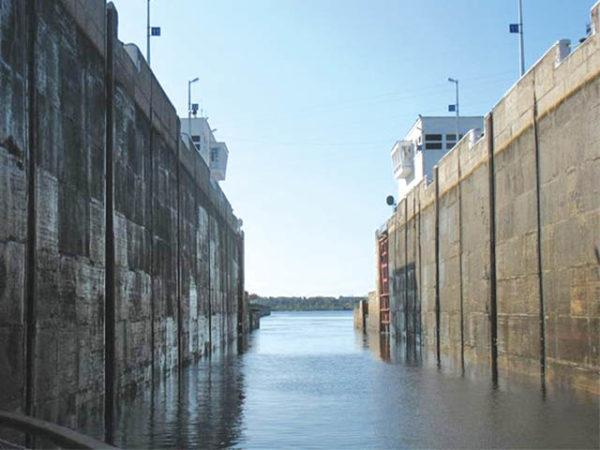 Устройство гидроизоляции причальных сооружений